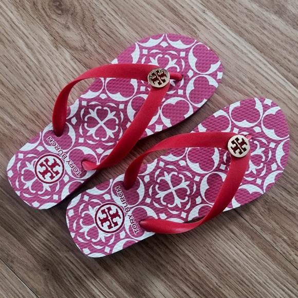 e91b3b7a93e1a Tory Burch pink white flip flops sandals 6.5 6. M 5ac40d3af9e5015427278d0e